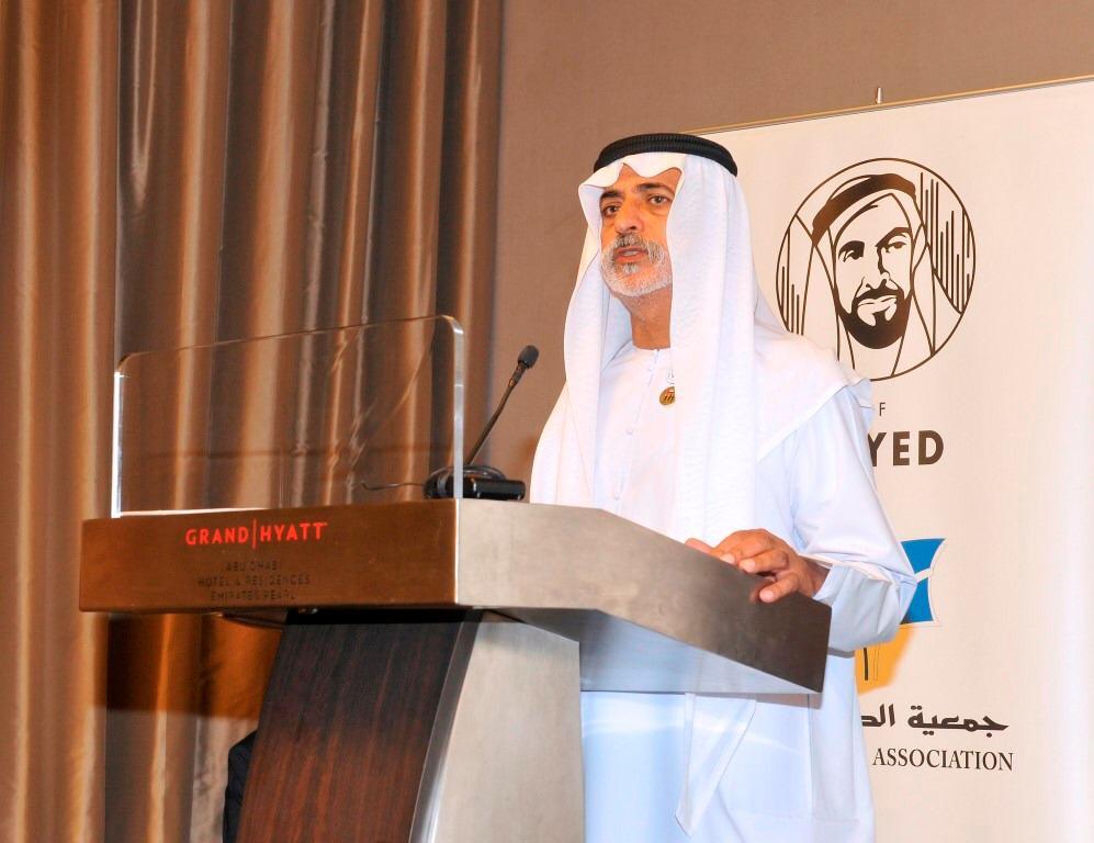 """جمعية الصحفيين بأبو ظبي تنظم ندوة """"التسامح في فكر زايد""""،في إطار احتفالات الدولة باليوم الوطني الـ 47"""