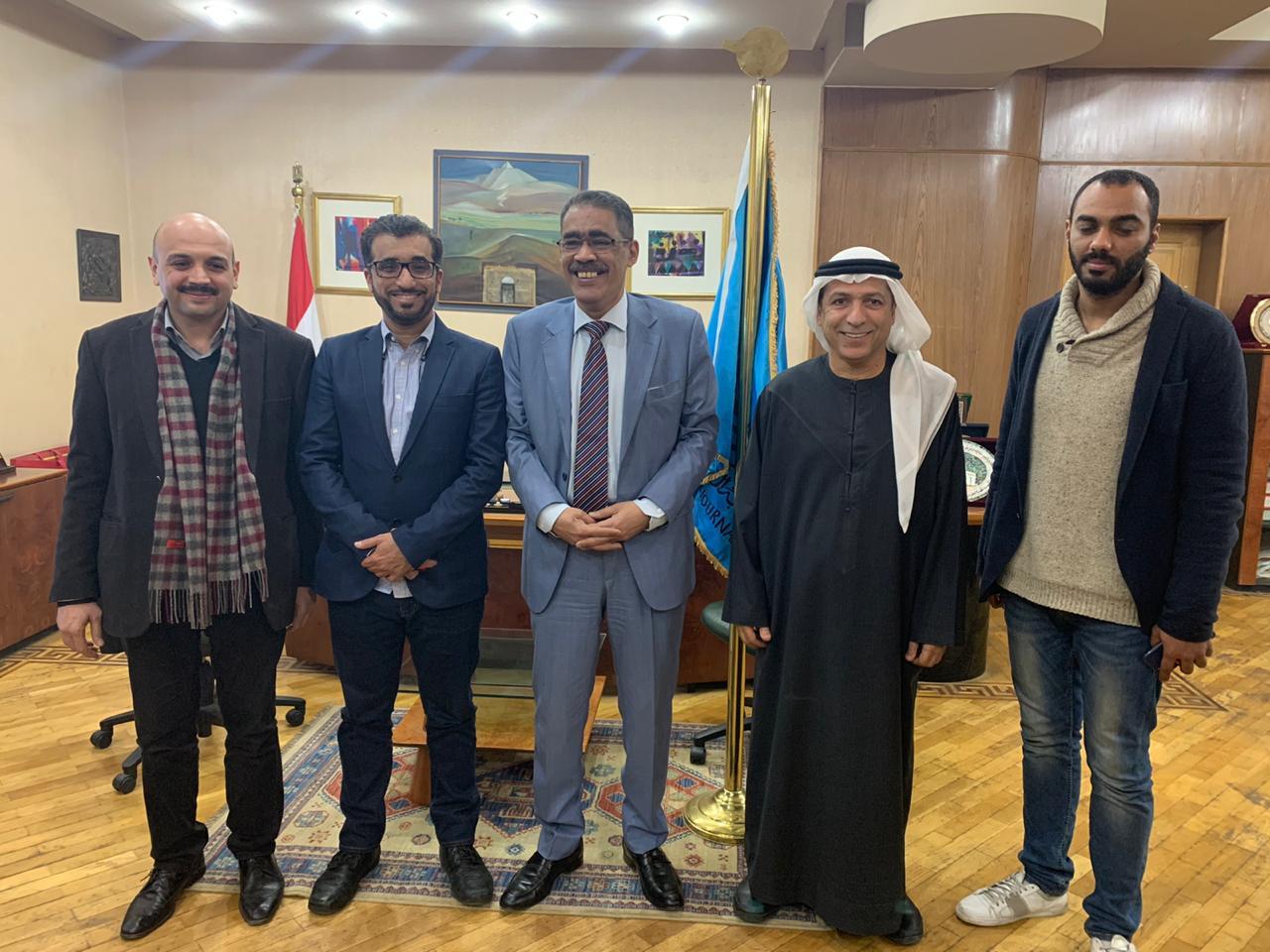 وفد جمعية الصحفيين الإماراتية يزور مقر نقابة الصحفيين المصريين
